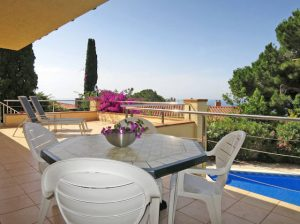 LL 917 Villa in Cala Canyelles mit privat Pool